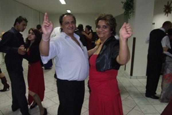 Rómsky ples podnikateľov. V Žarnovici sa konal prvýkrát, odteraz ho chcú organizovať každý rok.