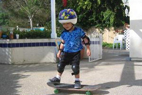 Do letnej skejtbordovej školy môžu rodičia prihlásiť už päťročné deti.