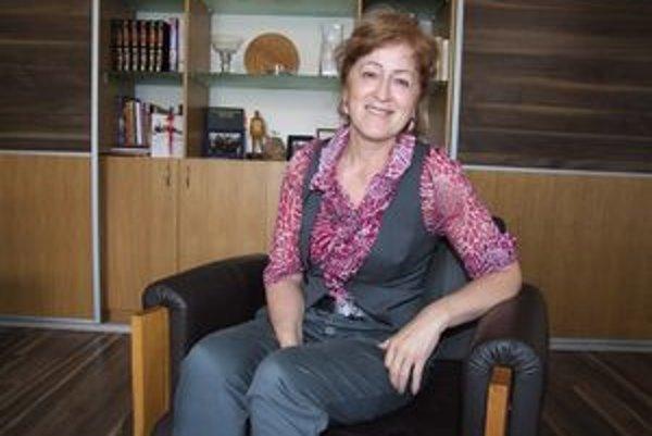 Oľga Lauková. Rodená Novabančanka je riaditeľkou Štátnej vedeckej knižnice v Banskej Bystrici.