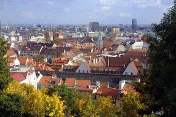 Kto bude primátorom Bratislavy? Rozhodnú o tom Bratislavčania na jeseň.