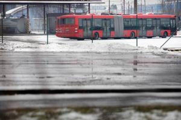 Autobusy značky SOR mali technické problémy s točňami a rámami.
