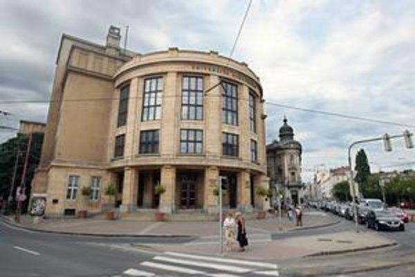 Univerzity v Bratislave už spolupracujú s veľkými koncernmi a podporujú výskum.