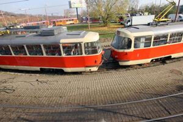 Projekt preferencie električkovej dopravy mesto plánuje robiť v rozsahu trasy linky číslo 3. Vedie od konečnej na Komisárkach (na snímke) cez Račiansku, Račianske mýto a Radlinského na Hlavnú stanicu. Električky by mali ísť prednostne obojsmerne. Jazdná d
