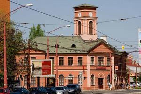 """""""Koňka"""" je v erbe mestskej časti Nové Mesto. Postavili ju v roku 1840."""