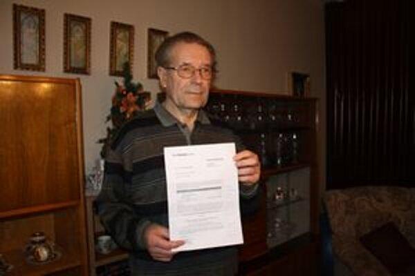 Dôchodcovi prišli poštou dve faktúry, dohromady na 120 eur. Má zaplatiť za služby, ktoré nikdy nevyužil.