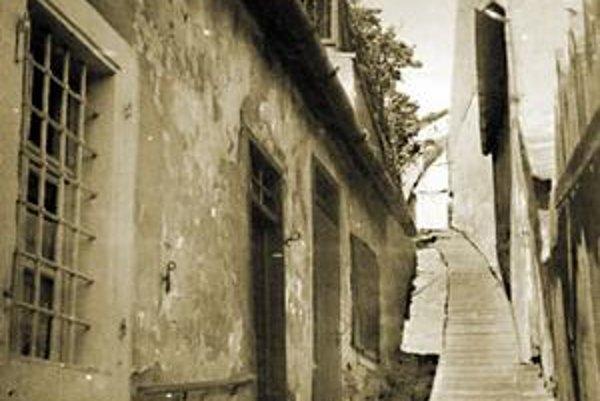 Messerschmidtova (Ipeľská) ulica  okolo roku 1940.