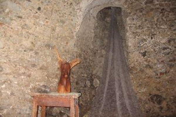 Ojedinelý výtvarný projekt sa odohral v katakombách