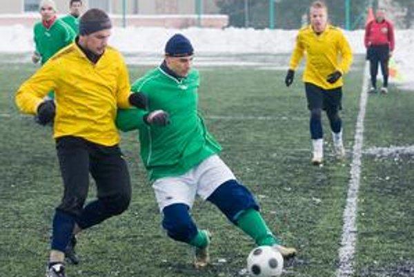 Zimný turnaj BFZ seniorov vyvrcholí v nedeľu finálovým zápasom.