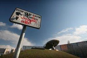 Ufo uprostred sídliska Medzijarky ľudia nechceli dať odstrániť.