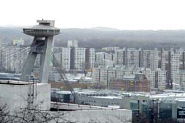 Petržalka patrí k mestským častiam, ktoré sa pri rozdeľovaní dane cítia ukrivdené.