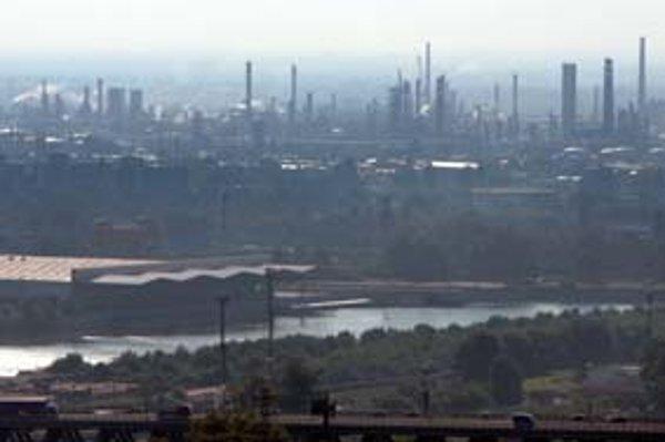 Predpokladá sa, že v priebehu desaťročí by mal postupne z mesta zmiznúť ťažký priemysel.
