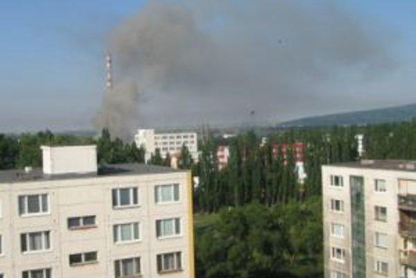 Ešte ráno nad areálom Matadorky stúpal dym.