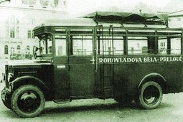 Jeden z prvých autobusov, ktorý jazdil po vzniknutí ČSAD v r. 1949.