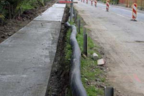 Stavba protipovodňovej ochrany Bratislavy pokračuje pri Devínskej ceste. Devín by mal byť na povodne pripravený v marci budúceho roka.