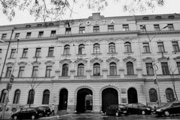 Neobaroková budova Poštového paláca.