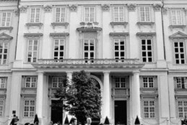 Už 2. decembra sa rozhodne, kto bude v Primaciálnom paláci pracovať v novom volebnom období.