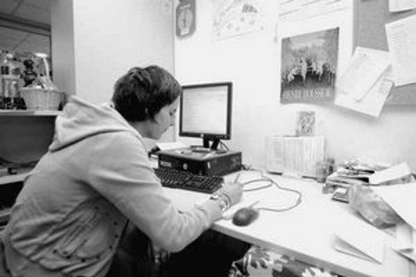 Ľudia, ktorí vyrástli v detskom domove, sa učia pracovať s počítačom aj písať životopisy.