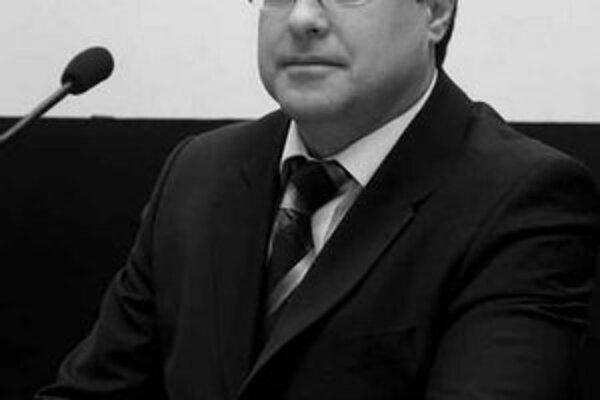 Nový starosta Ružinova Slavomír Drozd nemá vicestarostu ani schválený plat.FOTO – TASR