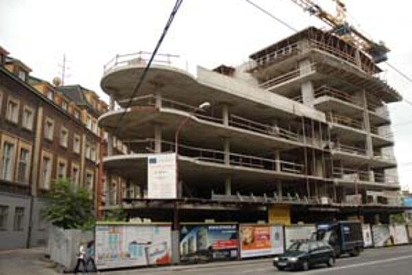 Pre konanie o uzávere doteraz stál aj zámer na navýšenie budovy na Šancovej na 33 podlaží.