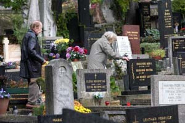 Na Cintoríne Slávičie údolie pribudne vyše tristo hrobových miest.
