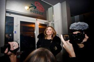 Monika Flašíková Beňová prišla do centrály Smeru pred jedenástou večer.