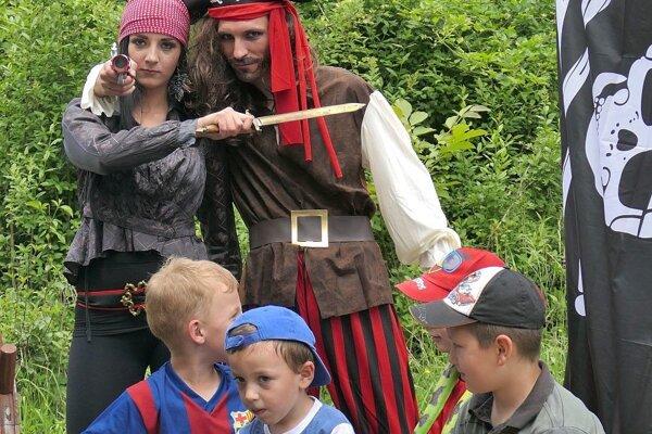 Pri organizovaní podujatí nezabúdajú v Tuchyni ani na najmenších obyvateľov. Foto z rozprávkového lesa.