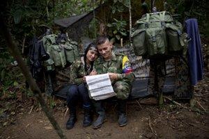 Ženy v milíciách FARC. Bojujú aj sa starajú o mužov.