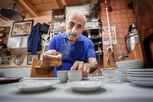Najlepšia turecká káva sa robí v slepej uličke v istanbulskej časti Beyoglu.