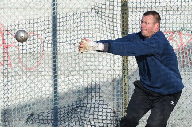 Libor Charfreitag je v olympijskej kvalifikácii piaty pod čiarou.