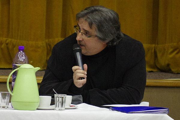 Na porade poslancov dal aj primátor Štefan Daško návrh na zníženie percenta navýšenia.