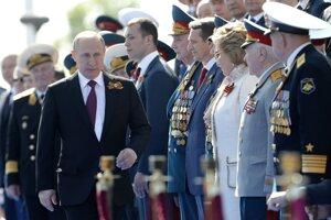 Na Červenom námestí bol prítomný aj prezident Vladimir Putin.