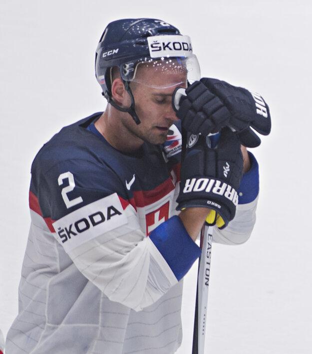 Andrej Sekera bol na šampionáte kapitánom slovenského mužstva.