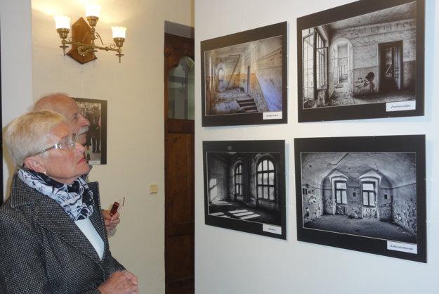 Výstava Pavla Čepčeka potrvá do 8. júna.