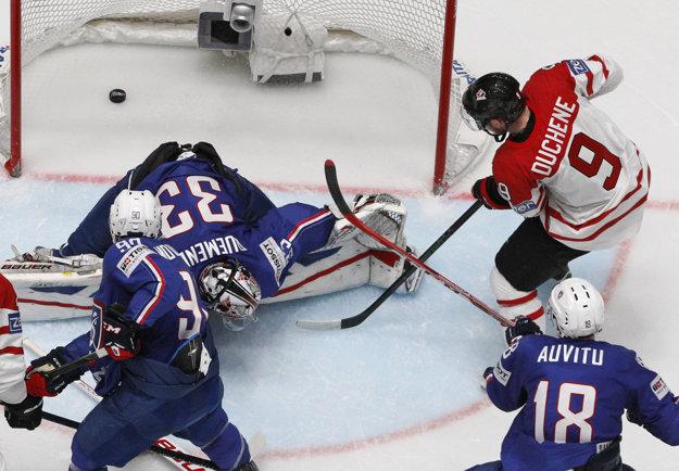 Duchene dáva druhý gól Kanaďanov.