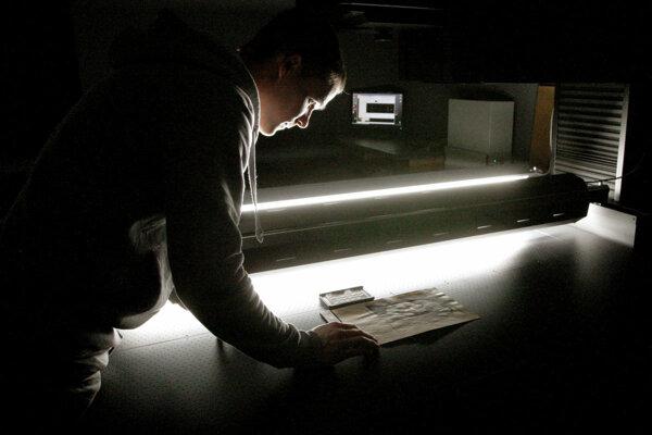 Zdigitalizovali tisíce rôznych dokumentov a predmetov.