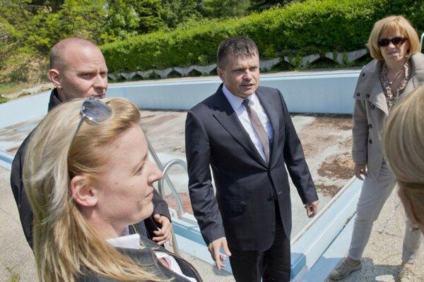 Minister školstva Peter Plavčan na prehliadke Ekoiuventy.