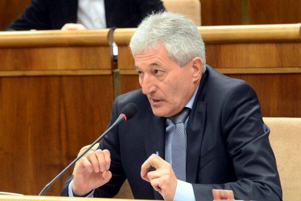 Alan Suchánek.