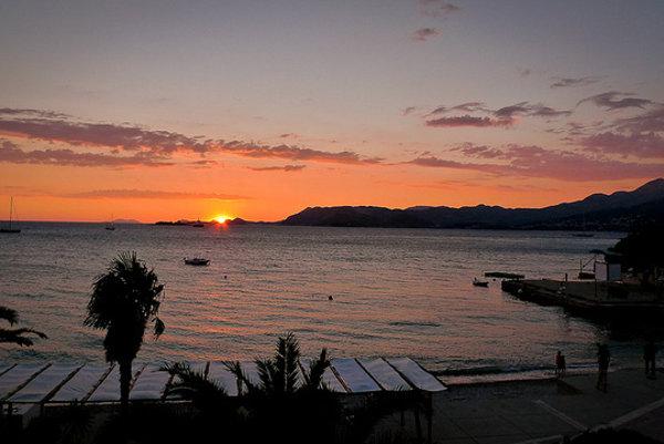 V Cavtate zažijete aj takéto gýčovité západy slnka.
