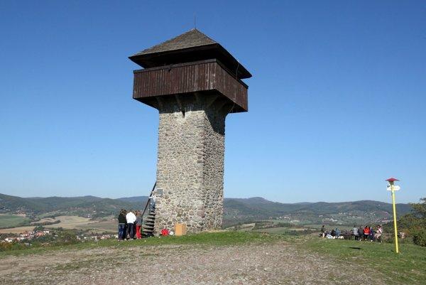 Vartovka nad Krupinou je v kraji najstaršia.