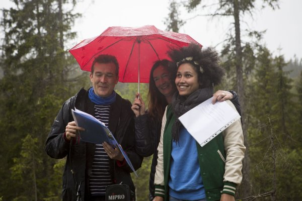 Keď cez víkend nórsky les navštívil autor Atlasu mrakov, David Mitchell, husto pršalo (na fotke vľavo).