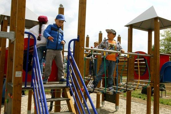 V Dolných Vesteniciach vybudujú aj nové detské ihrisko.