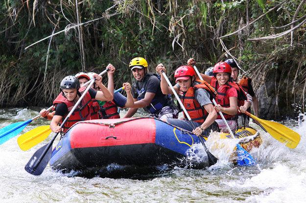 Raftovanie na Rio Fonce a na Rio Suarez patrí medzi obľúbené adrenalínové zábavy.