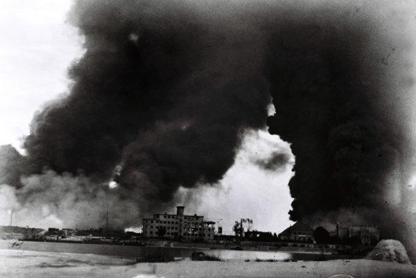 Skúmanie vinníkov bombardovania závodu Apollo počas druhej svetovej vojny do činnosti ÚPN podľa jeho vedenia nepatrí.