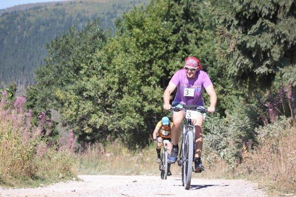 Cyklistický úsek vedie až na samotný vrchol Kráľovej hole.