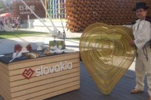 Prácu kysuckého drotára Juraja Šeríka mohli obdivovať návštevníci svetovej výstavy Expo v Miláne.