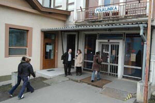 Poliklinika v Poltári by mala začať fungovať v plnom režime na budúci týždeň.