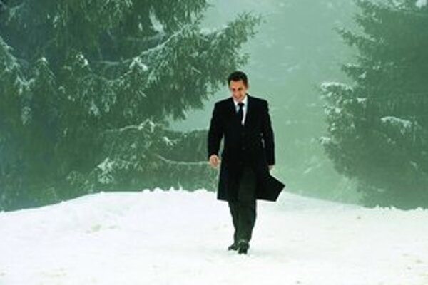 Sarkozy narazil na imidž hyperaktívneho prezidenta.