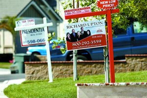 Mnoho domov chudobnejších Američanov je na predaj, nemali už na splácanie úverov.
