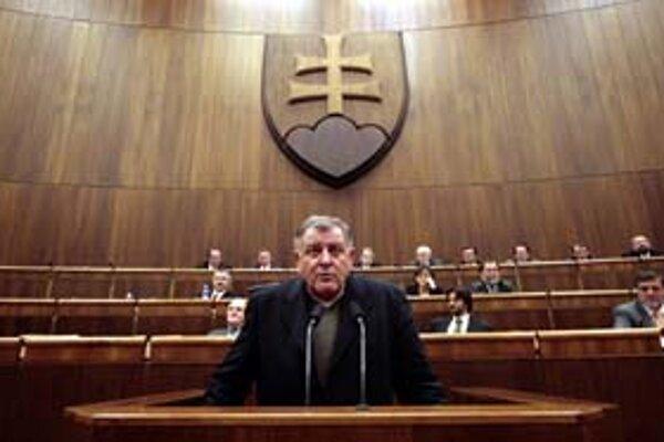 Vladimír Mečiar sa nechce uchádzať o hlasy opozície, ale Lisabonskú zmluvu dať odobriť verejnosti.