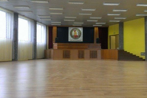Nová tanečná sála vznikla zo starej zasadačky.